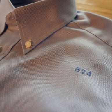 524シャツ